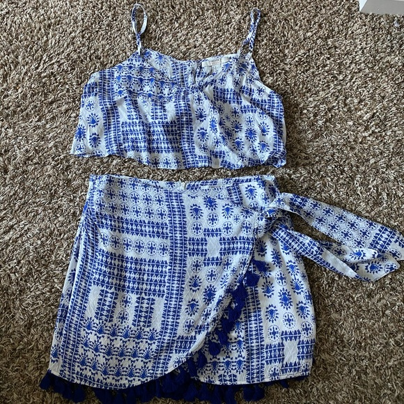 Tops - Cute two piece set